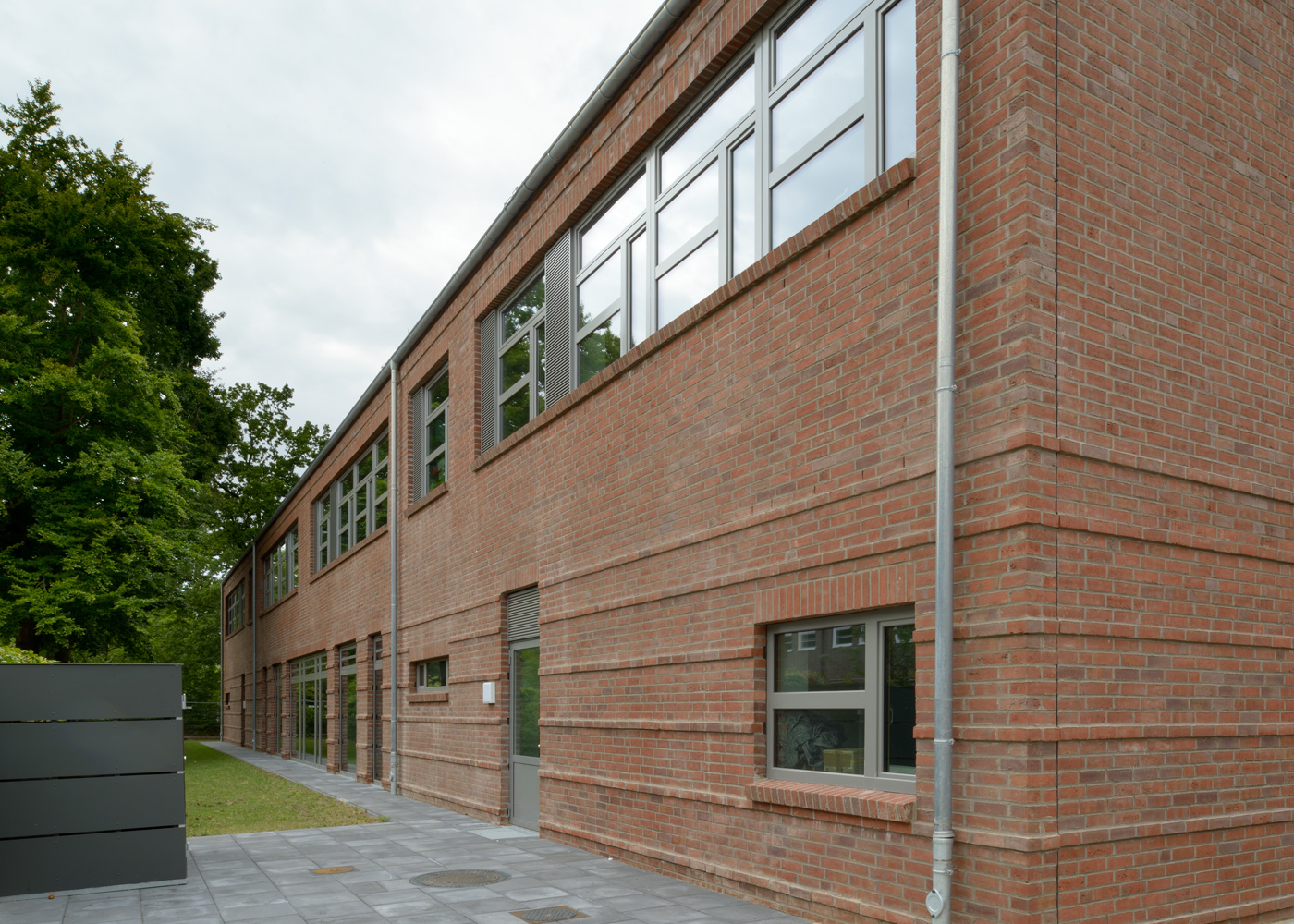 STS-Walddörfer Hamburg Fassade